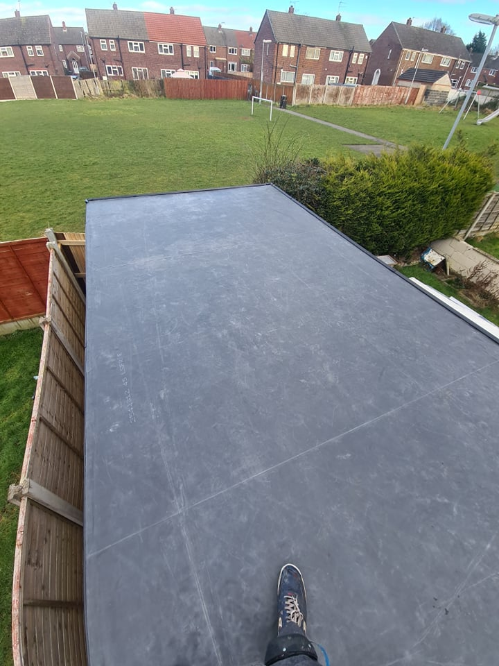 Finished EPDM roof work in Leeds